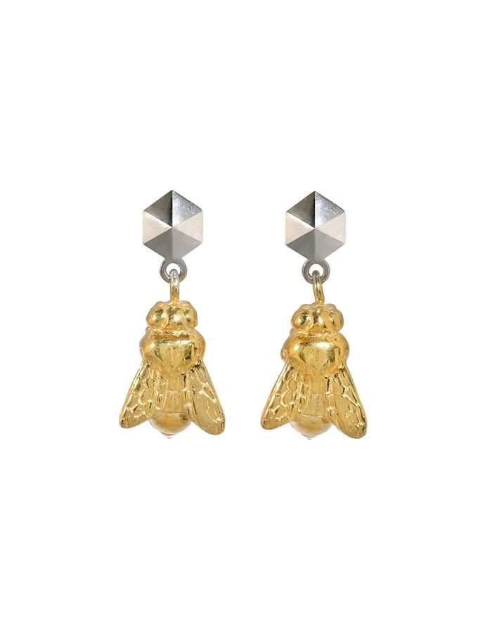 Rhodium Sting Earrings