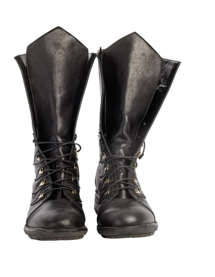 Calfskin Revolt biker boots - front