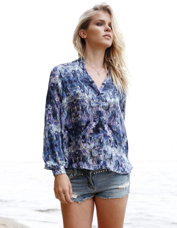 Sanna Naapuri Spring/Summer 2015 Look 3: Flow Shirt