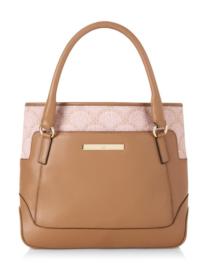 Jean Classic in Camel Lace