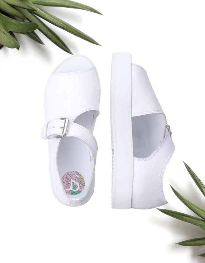 Allwhite unisex leather sandals