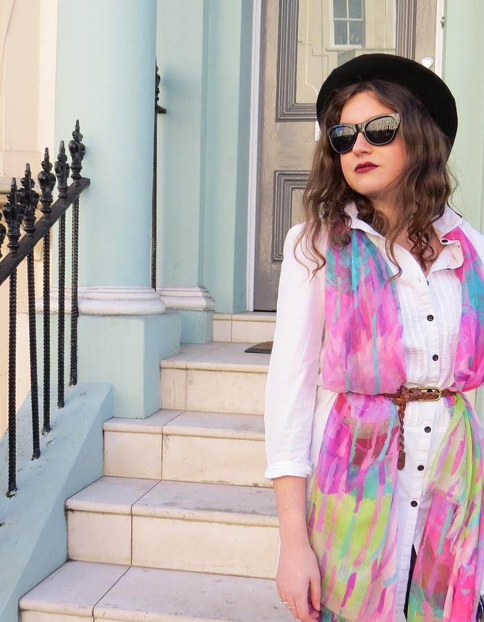 Laelia scarf by Liz Nehdi, photographed in Notting Hill, London