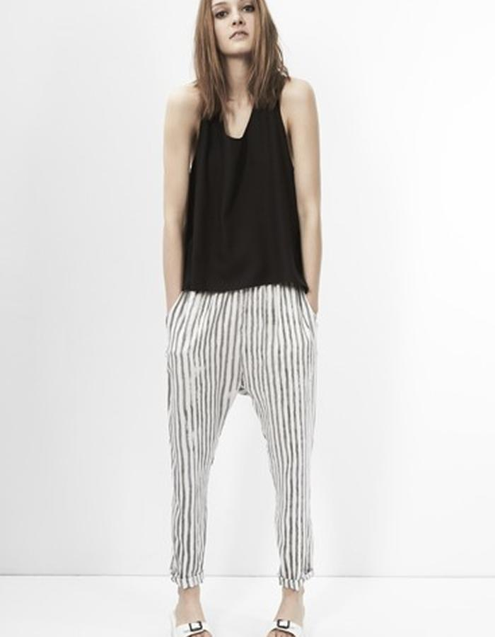 Gisela Knotback Top with Edda Drawstring Pants
