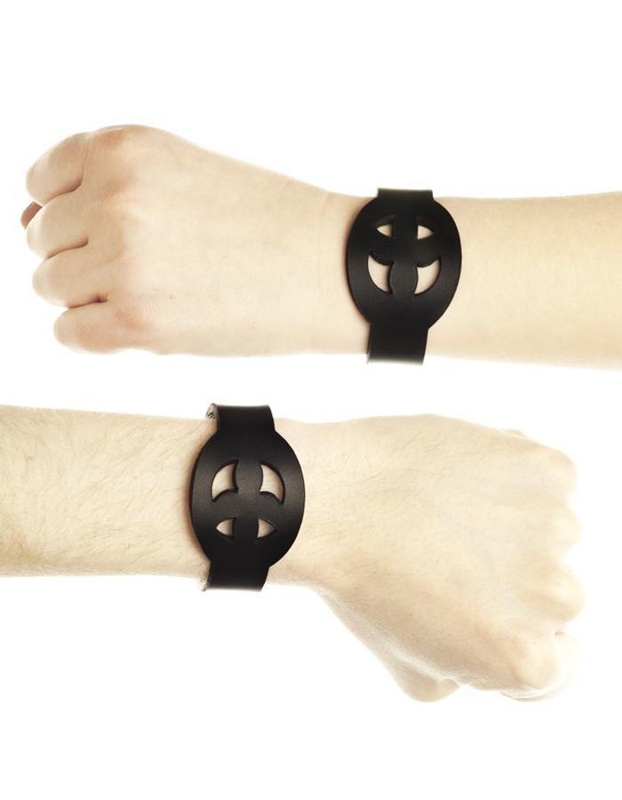 Pax leather bracelet