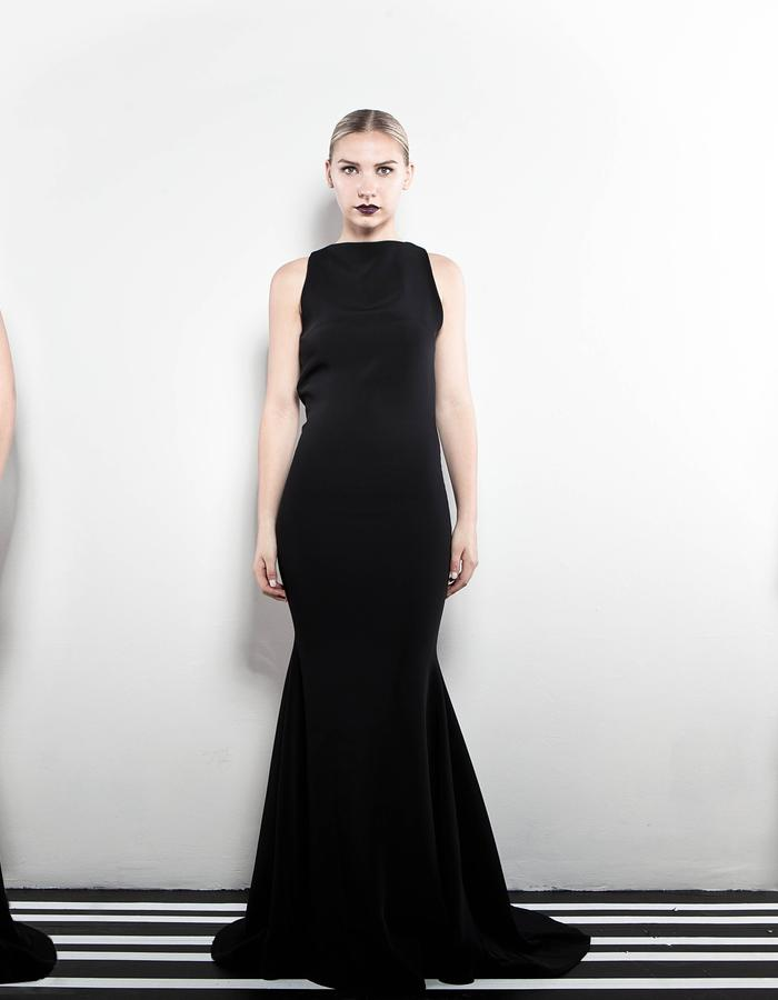The Black Lotus gown 1.2