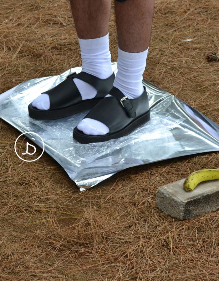 Black Unisex leather sandals