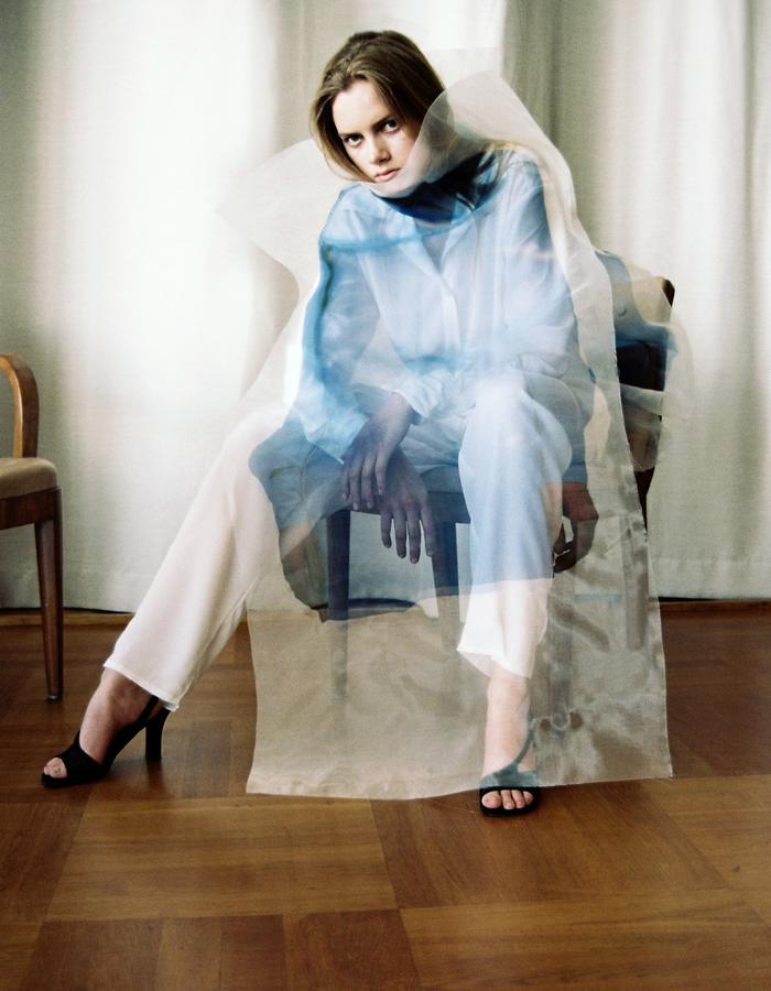 Saina Koohnavard | Made You Look | Photo: Theresa Marx | Model: Michelle H, Stockholmsgruppen | Hair & Make up: Emike Szanto