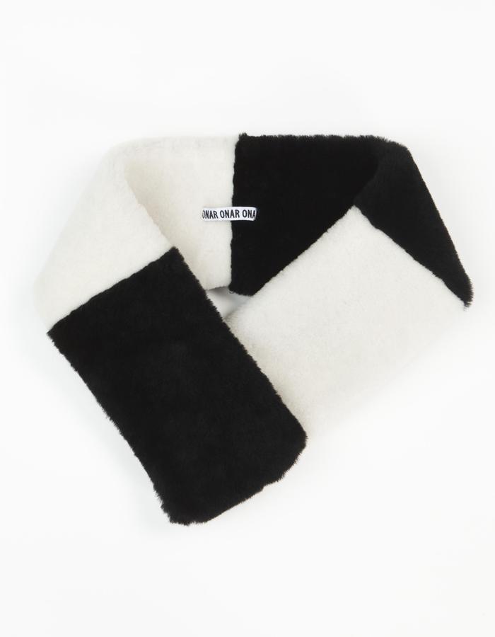 ONAR Kim Collar Black & White