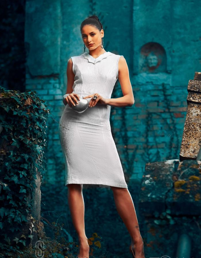 COKTAIL DRESS WITH AN OPEN BACK MADE IN SILK COTTON FABRIC