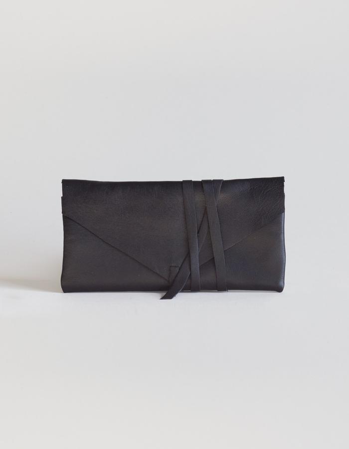 Clara wallet black