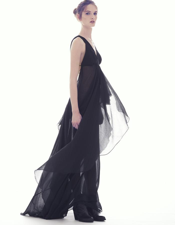 CUPS TRIANGLE GOWN/ SILK CRINKLE CHIFFON