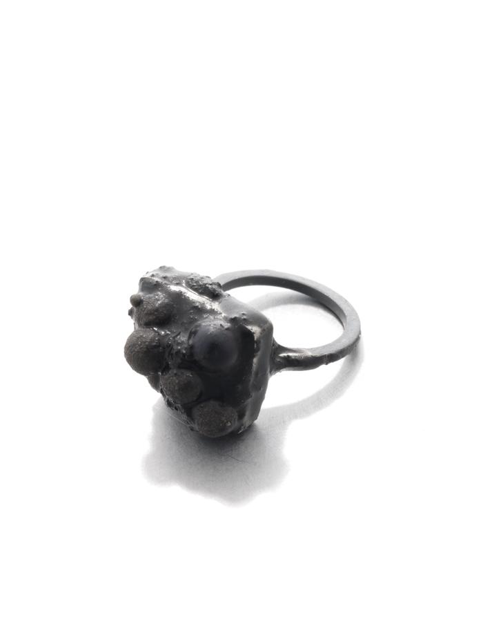 On the dark side of things, ring, silver oxidized, tones, pearl, resin, pigment, Izabella Petrut