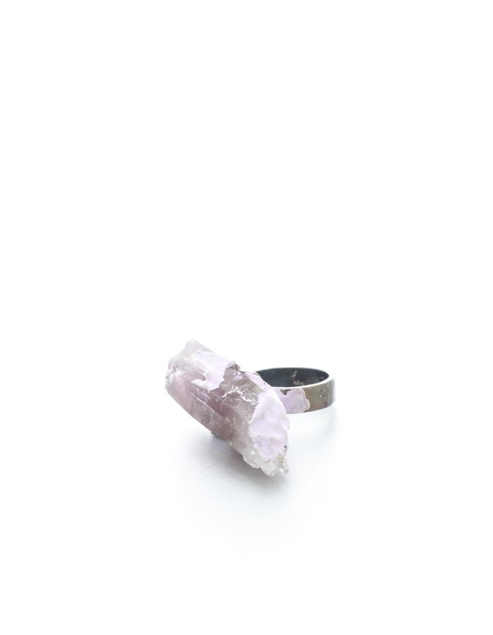 Initiating a rupture in the continuity of life, ring, silver oxidized, amethyst, resin, quartz, Izabella Petrut