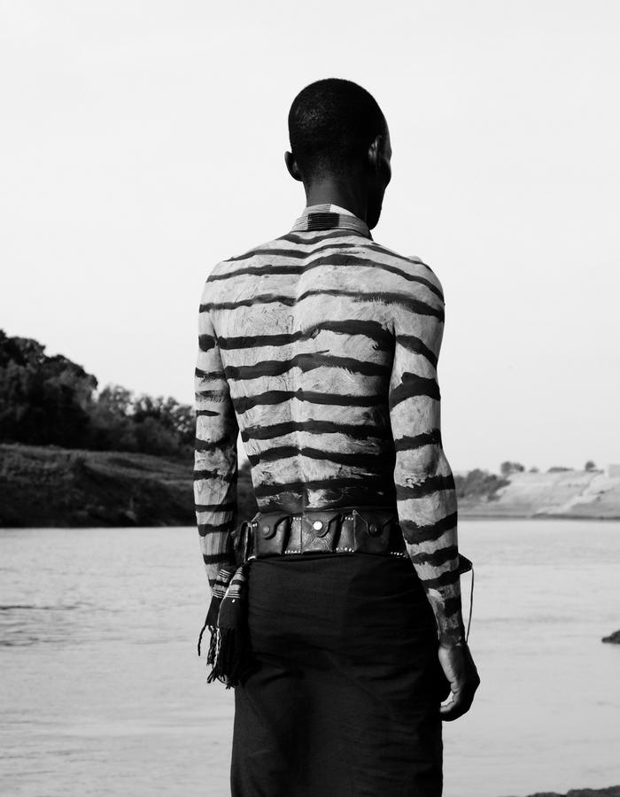 AKASO cocreation uniting Belgian designers with Kara tribe body painting artists