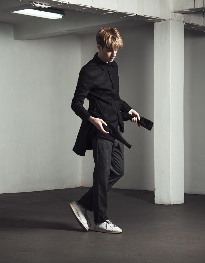 VIKTOR/Sweat + BERNAT BLACK/Shirt + LAZAR GREY/Pants