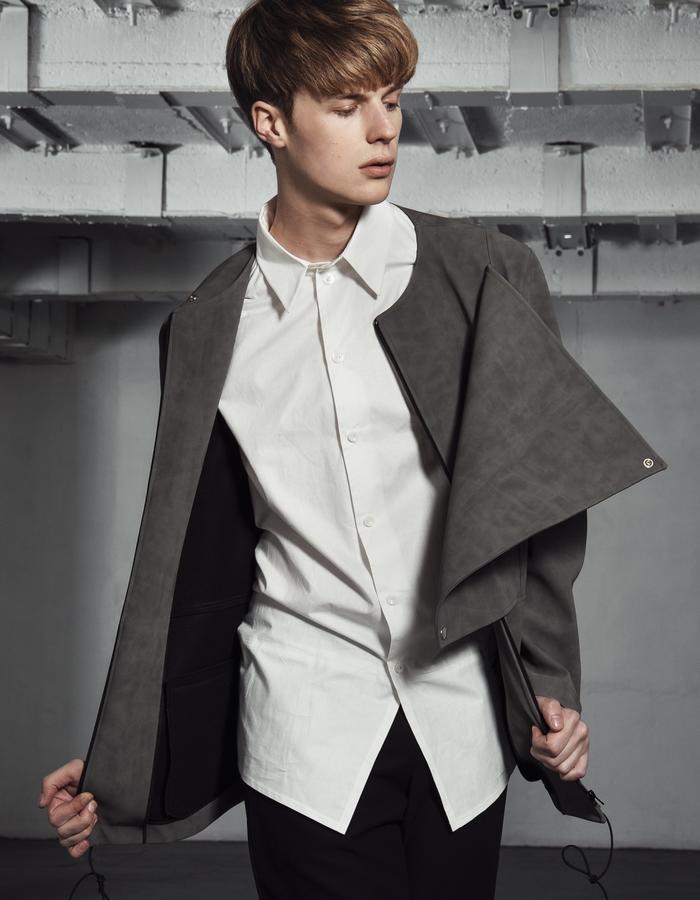 ANDRAS/Jacket + BERNAT WHITE/Shirt