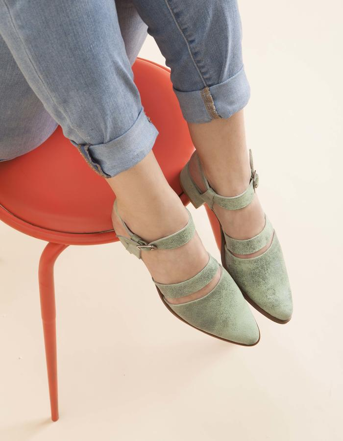 olivethomas_s16_pointed toe sandals_green