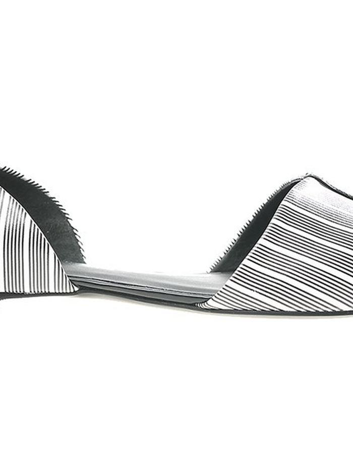 ALEPEL Versus D'Orsay Flat Stripes - Side