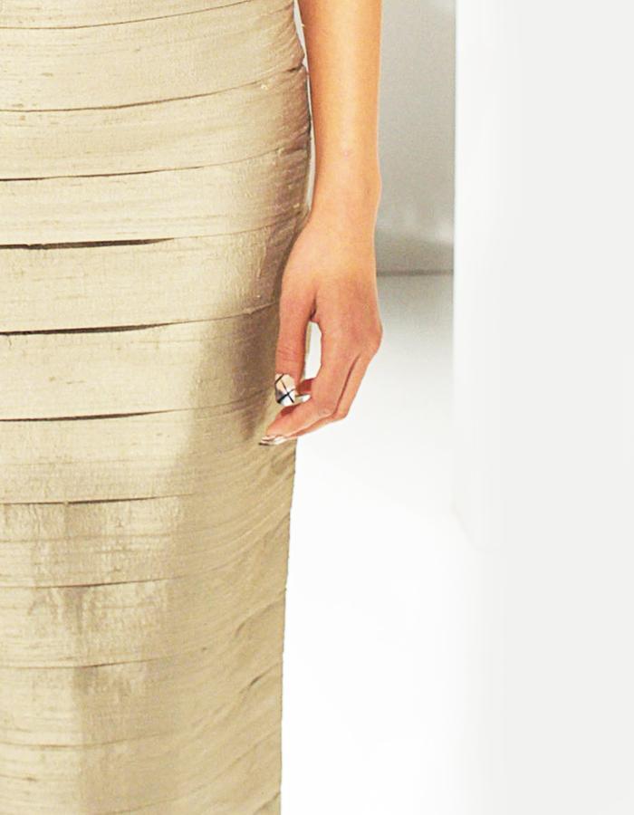 Pleated skirt in Jute Silk