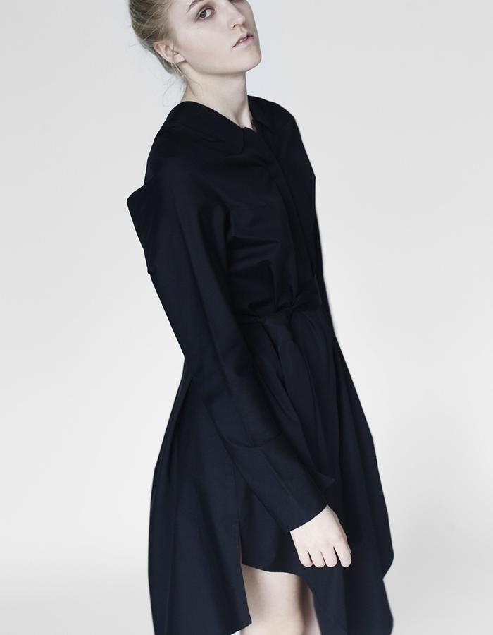 Origami midi shirt YOJIRO KAKE  AW Japanese fashion designer based in Florence Italy