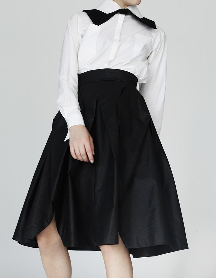 Origami shirt, skirt YOJIRO KAKE  AW Japanese fashion designer based in Florence Italy