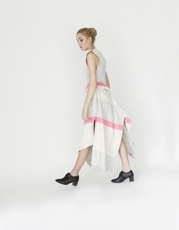 Origami dress YOJIRO KAKE  AW Japanese fashion designer based in Florence Italy