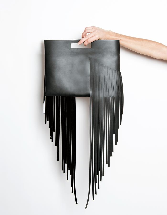 SERIAL N°3.15/BL/HANDY FRINGED CLUTCH/CALF SKIN