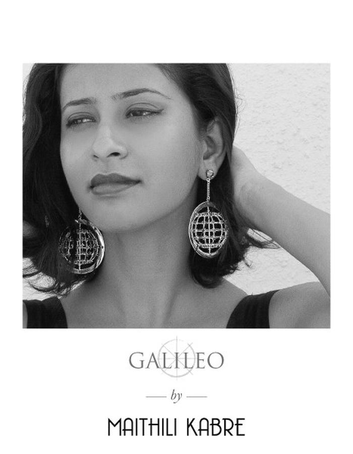 galileo: moving earrings