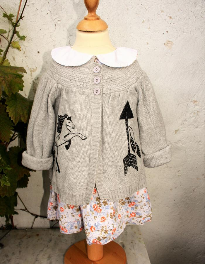 Knitted cardigan with printed horse and arrow, 100% cotton, size 3 years