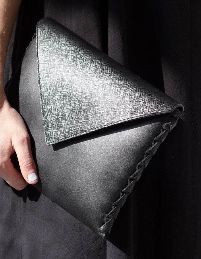 The Tara clutch by Annoukis - close-up