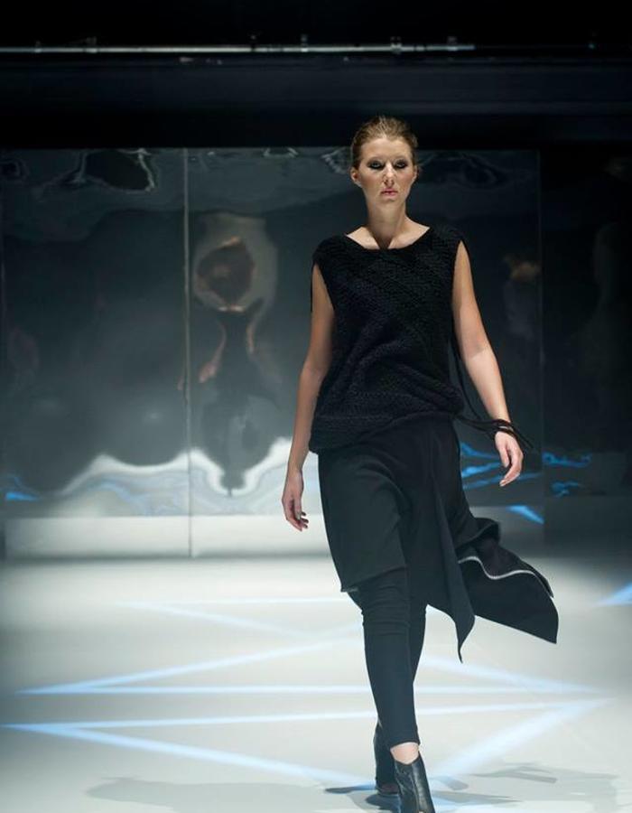 fashion-show-murky-marta-janicka