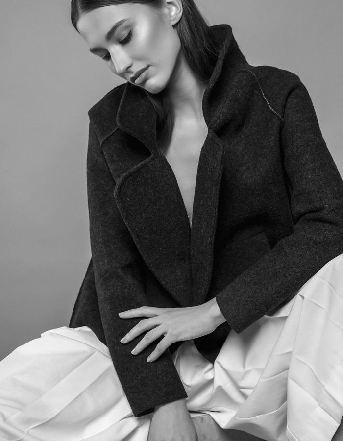 SHORT WOOL COAT IN NAVY AND WHITE WINTER CULOTTES