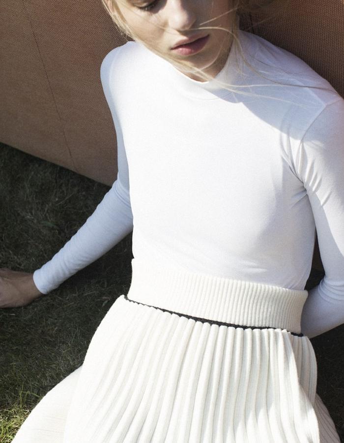 White Pleato Mini Skirt LOV-S
