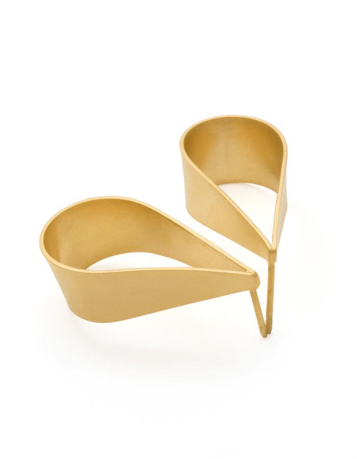 Golden Teardrop stud earrings