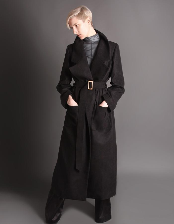 Black wool coat with bamboo buckle front