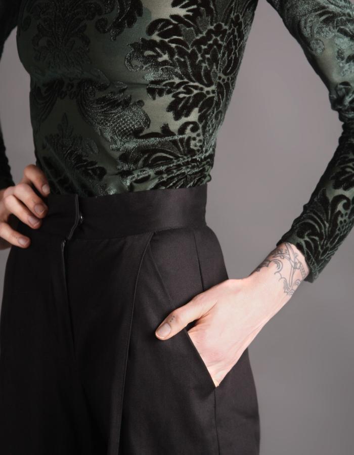 Black cotton heavy trousers detail