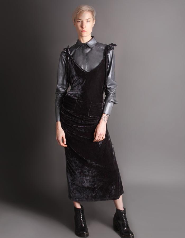 Velvet dress with straps front