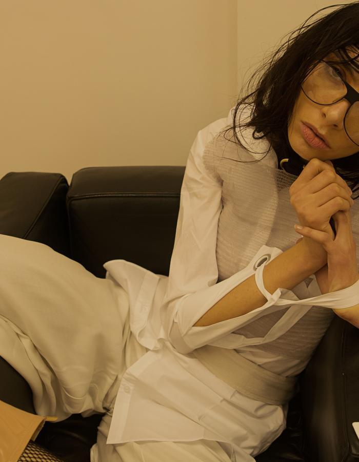 """6 """"Outerwear"""" Ambra Castello"""