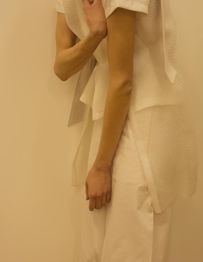 """8 """"Outerwear"""" Ambra Castello"""