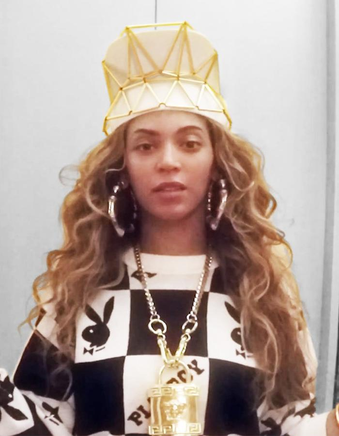 Beyonce - 7/11 - visor and bracelets