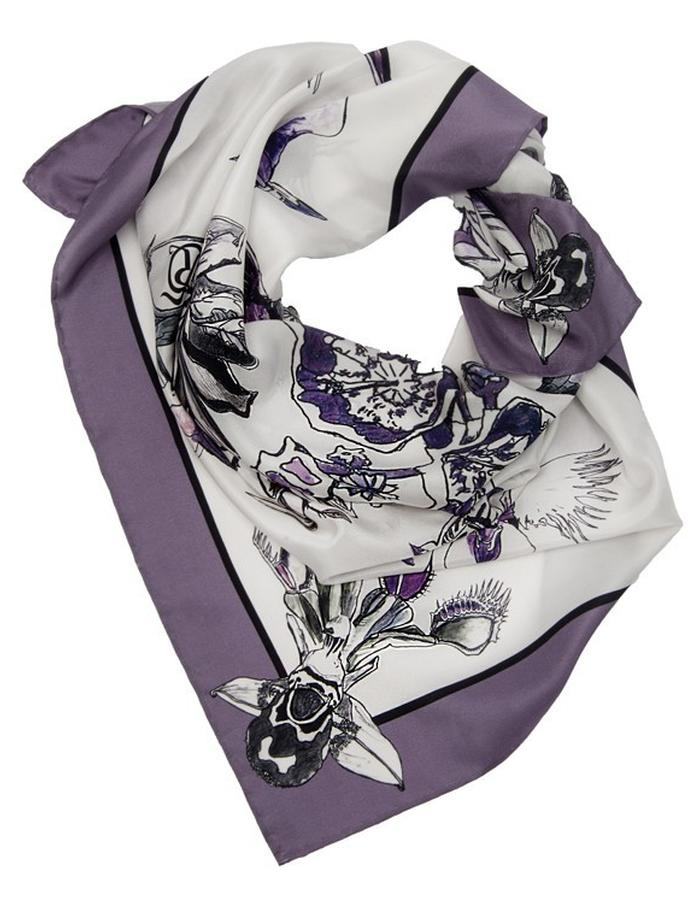 The Flowers of Evil scarf