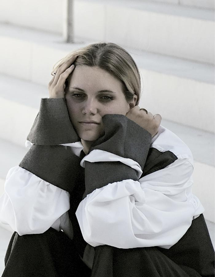 ( DIS ) ORDER femenin shooting- Tamara Nottalgiovani