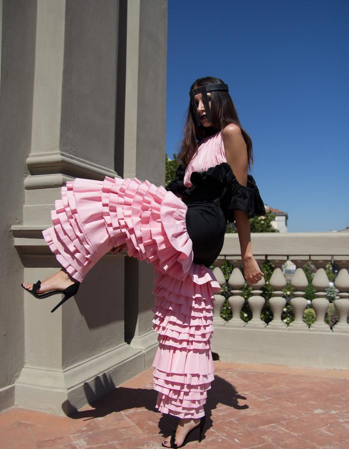 bittersweet,ruffles, cage, volume, shape , feminine, couture, iron, pink, black