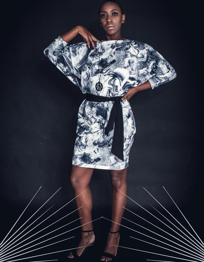 zaramia-ava-zaramiaava-leeds-fashion-designer-leedsfashiondesigner-stylist-leeds-stylist-leedsstylist-ethicalfashion-sustainablefashion-minimalist-versatile-drape-Ayaka-marble-print-dress-black-belt-2.jpg