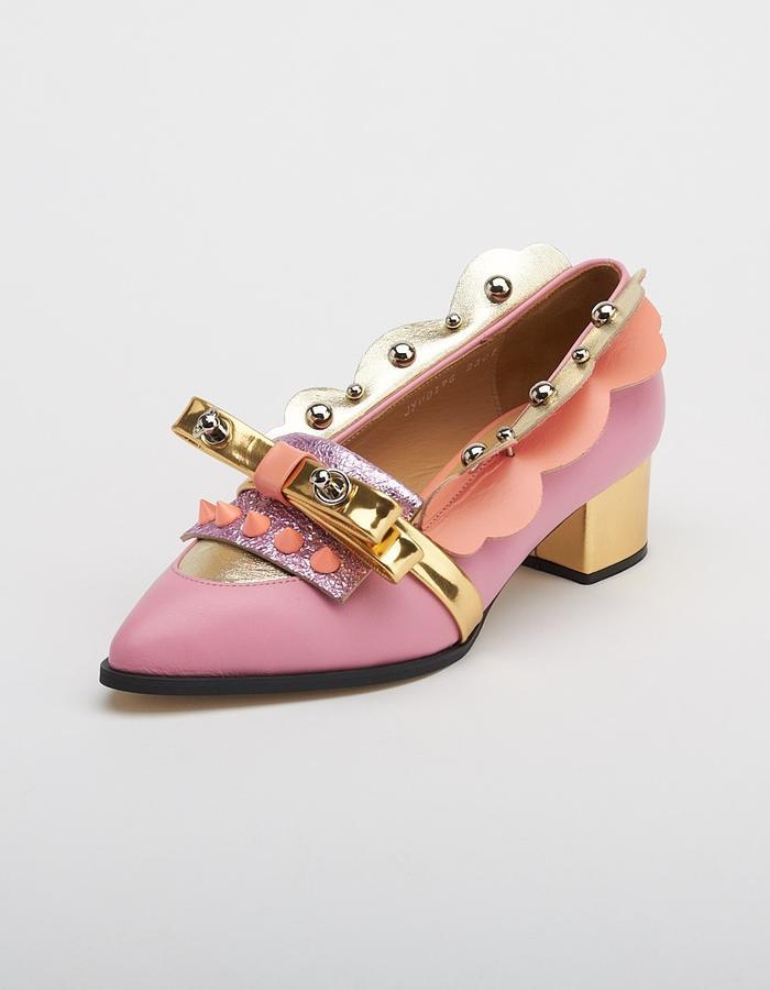 Juliet Robot, Unique shoes, designer shoes, gold shoes, pink shoes, studded shoes, metallic pink, Korean Fashion, Seoul fashion, K style