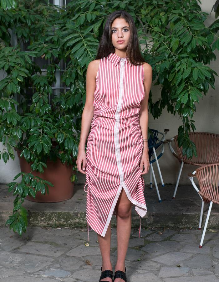 Fitted shirt dress with side drawstrings