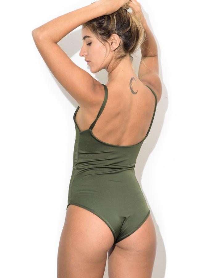 Round Minimal Bodysuit(back)_green
